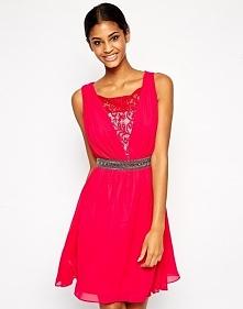 Wieczorowa sukienka na sylwestra, czerwona