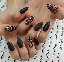 kwiaty + czerń :)