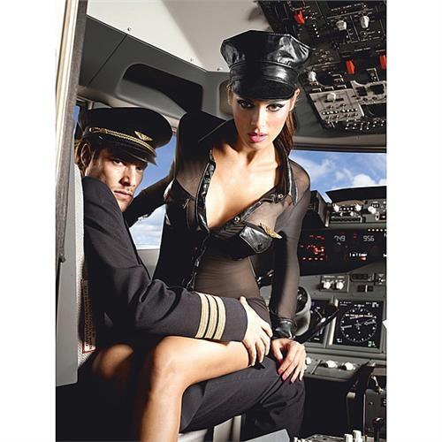 Z taką Panią Pilot każdy mężczyzna chciałby podróżować:)