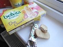 Ciastka Belvita Śniadanie Duo Crunch, Strawberry Mondalez