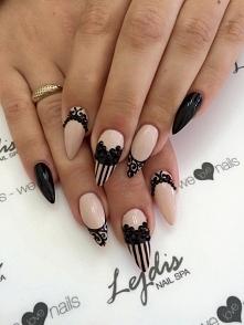 Wow!!! Beż + czarne dodatki zawsze wyglądają świetnie!!!  Użyte lakiery hybrydowe SPN Nails UV LaQ: 503-Black Toulip, 634 Perfect Beige  Paznokcie zrobiła Ania z Salonu Lejdis