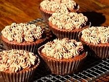 Perfekcyjne polaczenie kakao, migdalow, sera ricotta i syropu klonowego ...