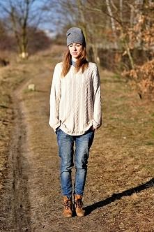Moja kolejna stylizacja, po więcej zapraszam Was na bloga: robertakaaa.blogsp...