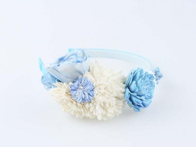 Opaska ślubna w tonacji błękitno - kremowej.  Do kupienia w sklepie internetowym Madame Allure!