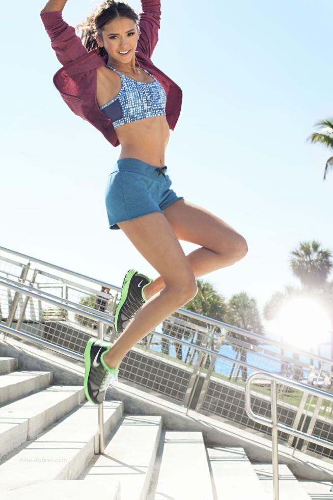 Do celu zmierzam bardzo wolno, w poniedziałek zamierzam sprawdzić ile ważę. Dzisiaj Cardio z Insanity i bieganie :D Przez najbliższe siedem dni, zaczynając od dzisiaj, będę wykonywać 9 Exercises For A Flat Stomach + boczki Tiffany x2 :D Pozdrowionka !