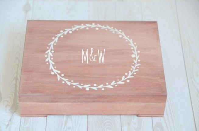 Pudełko na obrączki AMBRE RUSTIC  Do kupienia w sklepie internetowym Madame Allure  - ozdoby i dekoracje na Wasz ślub i wesele!