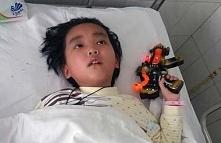Siedmioletni chłopiec błagał matkę by pozwoliła mu umrzeć. Powód sprawi, że rozpłaczesz się ze wzruszenia.