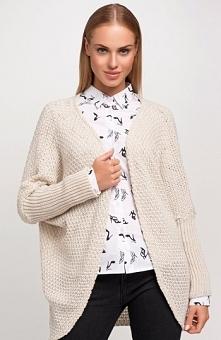 Makadamia S28 sweter beż Piękna narzutka, długi rękaw, wykonana z przyjemnej ...