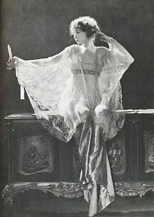 Traveling through history of Photography...Lillian Gish, photo by James Abbe,...