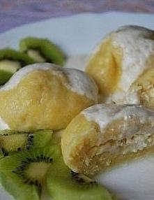 Składniki na knedle: - 400 g ugotowanych ziemniaków - 15 dag mąki - 1 jajko - sól na nadzienie: - 500 g twarogu półtłustego - 1 żółtko - 1/2 łyżeczki cynamonu - 3 łyżki cukru - ...