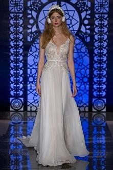 Reem Acra 2016, piękna sukn...