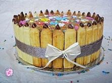 Tort na Dzień Nauczyciela