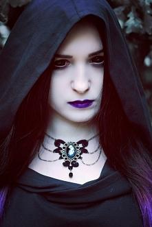 Silver Wolfie, biżuteria Madame Nadine jewelry, soczewki eyetoeye