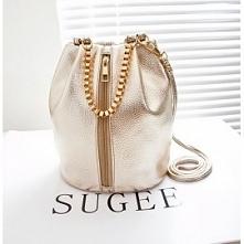 Pojemna torebka worek, która można nosić na dwa sposoby, na pasku a'la l...