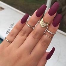 podobają wam się matowe lakiery do paznokci?