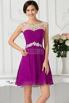 Sukienka na wesele w kolorze fuksja