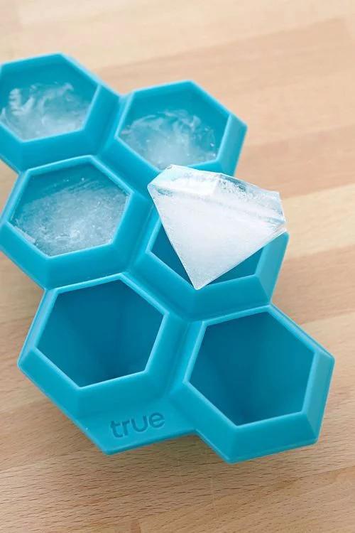 pojemnik do kostek lodu diamenty .