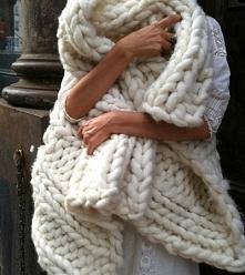Gigantyczny wełniany szal