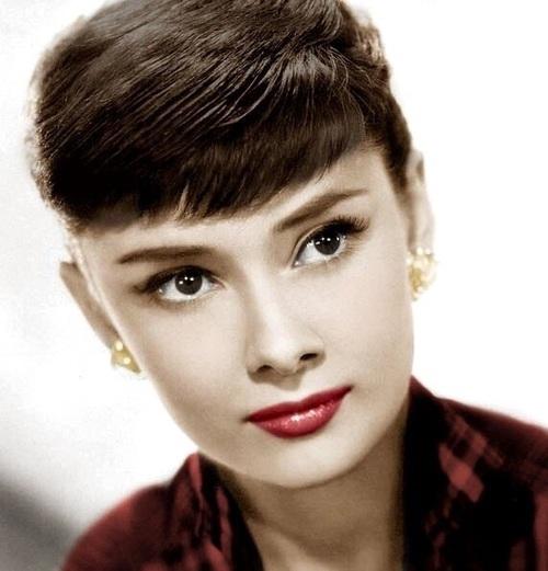 Mistrzowski makijaż Audrey Hepburn ~ klasyk