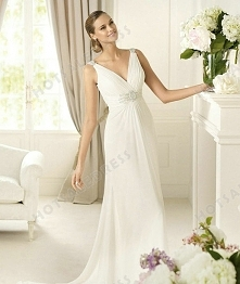 Wedding Dress - Style Pronovias Dado Chiffon V-Neck