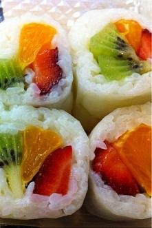 Owocowe sushi :)  Link w komentarzu