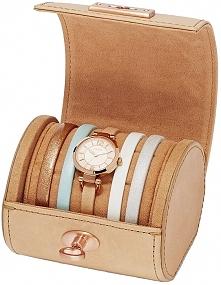 Damski zegarek Fossil z kompletem bransoletek. Piękne skórzane etui.