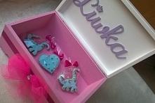 Kuferek na skarby dla dziewczynki z okazji Roczku. Idealny także na urodziny,...