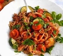 Spaghetti bologsene z cukinią. :) Kliknij w zdjęcie po przepis.