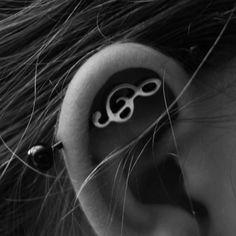 W najbliższym czasie znajdzie się to cudo na moim uchu :3