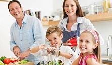 Trendy żywieniowe w 2015 roku. W artykule dowiecie się dlaczego kurkuma, olej kokosowy, kalafior oraz orzechy nerkowca stały się TOP w zdrowej diecie. Rooibos również znalazł si...