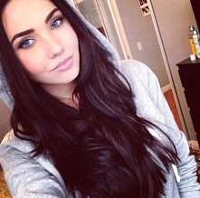 /dark hair