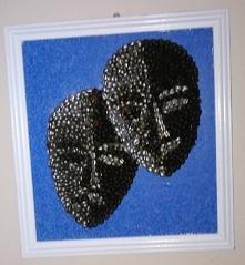 """""""Podwójne oblicze"""" Obraz mozaika z ziaren kawy"""