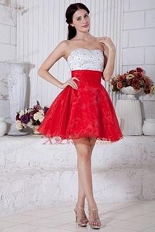 Sukienka czerwono-biała.