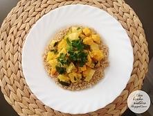 Słodkie curry z dynią i ananasem