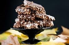 batoniki z ekspandowaną kaszą jaglaną w czekoladzie