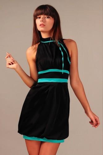 Czarna gustowna sukienka z turkusową lamówką