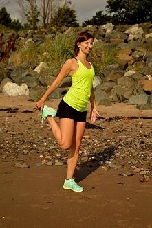 Odchudzone, smukłe izgrabne nogi. Poprawiamy dwa niedociągnięcia- nogi bez kształtu i tłuste uda. Zobacz jak to skorygować.