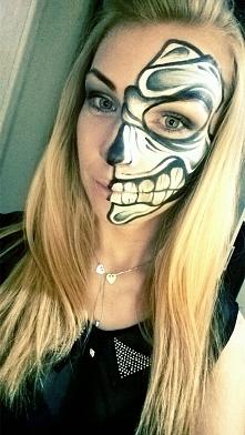 FacePainting Halloween Sugar Skull