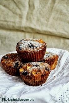 Owsiane muffinki z jabłkiem i żurawiną