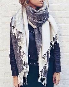 ktoś wie gdzie dostane taki szal? :) najlepiej w szarym kolorze? ;)