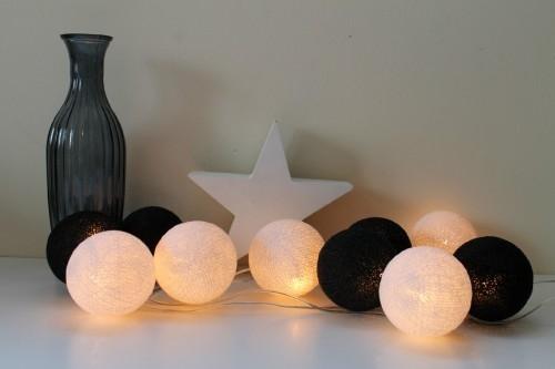 cotton balls czarno białe na bogatewnetrza.pl