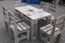 Stół z krzesłami z-eco. Stw...