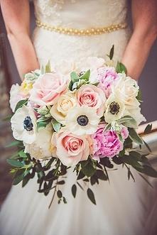 Romantyczny bukiet ślubny. Kocham się w anemonach :D