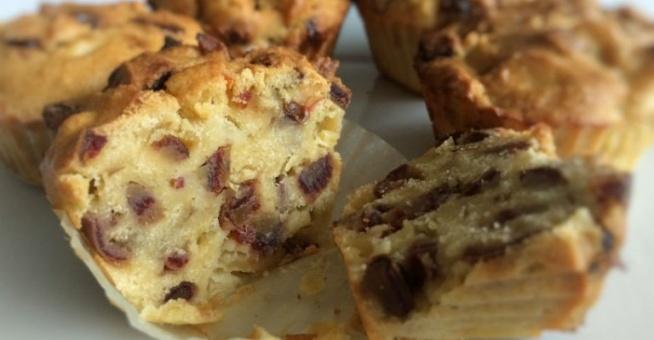 Muffiny jaglane z gruszką