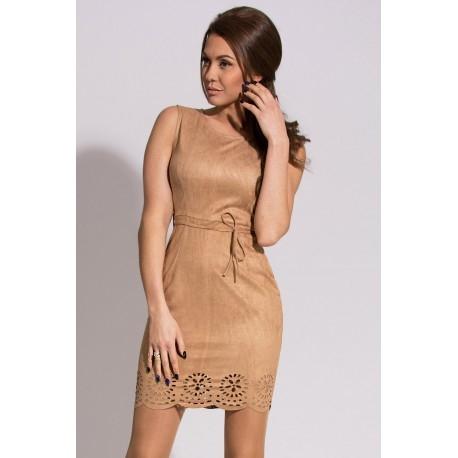 7dbf263f30 Świetna sukienka na każdą okazję. Zobacz więcej na rahi.pl lub kliknij w  zdjęcie