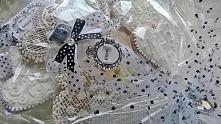 Bukiet ślubny wykonany z pi...