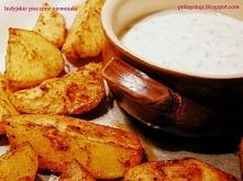 Indyjskie pieczone ziemniaki z sosem czosnkowym