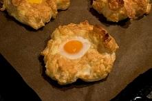 Zapiekane jajka - Gniazda kurczaka czyli co zrobić na śniadanie