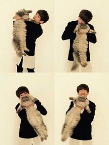 omg v and cat <33