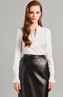 Misebla M0145 bluzka biała Elegancka bluzka, długi rękaw, przy mankietach gustowna falbanką